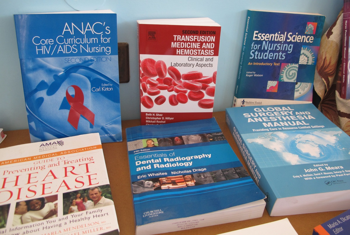 Books for better health in Zimbabwe - Book Aid International