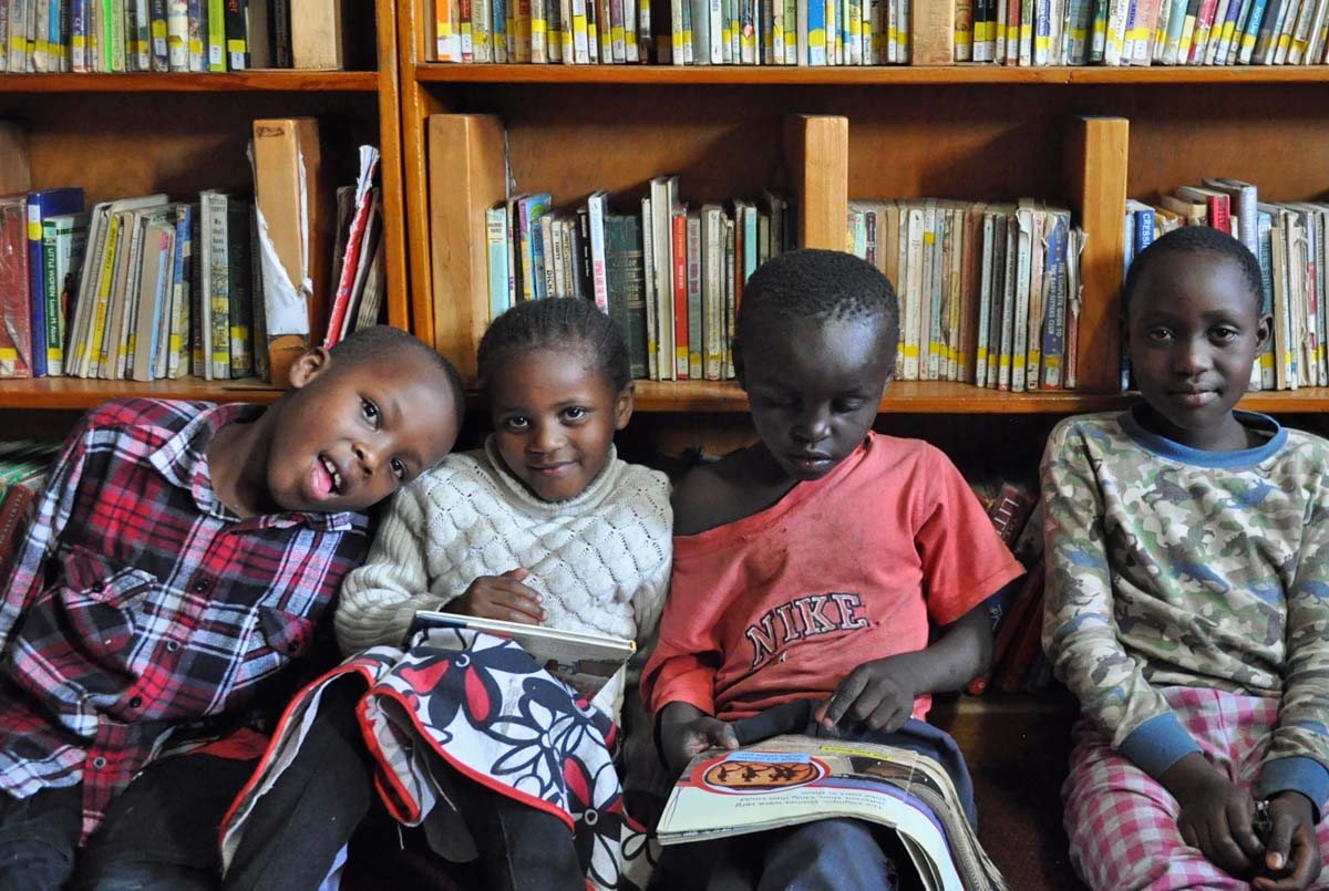 Children reading in Mathare, Kenya